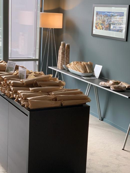 Lobbyen klar for servering av Wraps, Bon Appétit!!